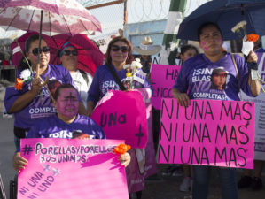 Madres de hijas desaparecidas marchan en Ciudad Juárez